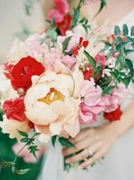 Букет цветов невесты на фото
