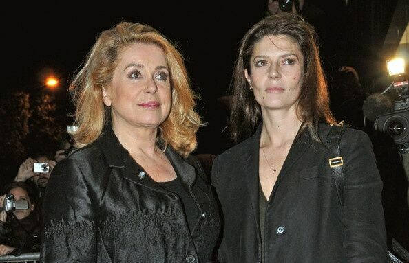 дочь Катрин Денев и Марчелло Мастроянни