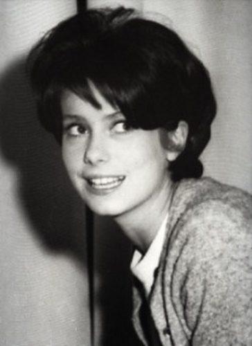 фото молодой Катрин Денев