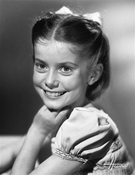 фото Катрин Денев в детстве
