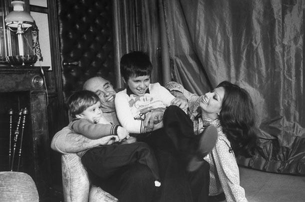 фото Софи Лорен с детьми