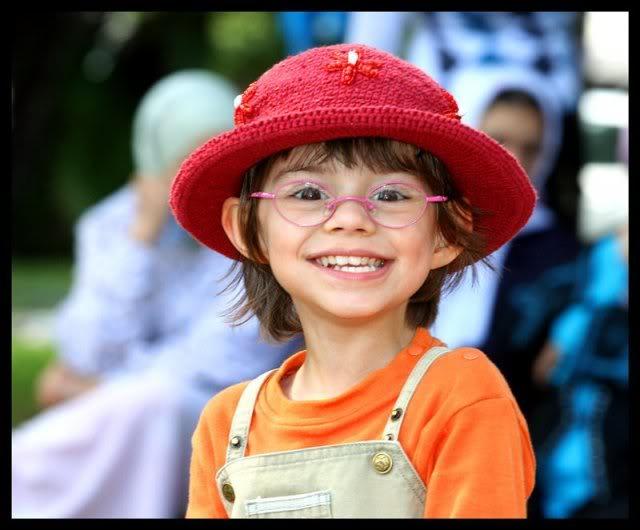 Смех и улыбка ребенка