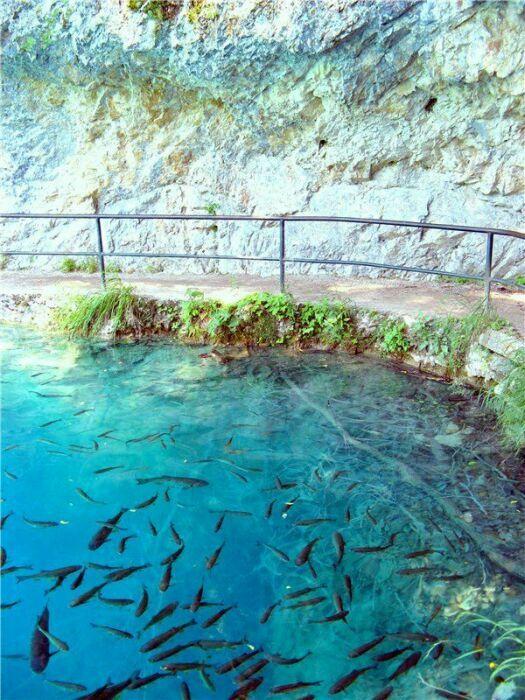 Переходы через Плитвицкие озера Хорватии