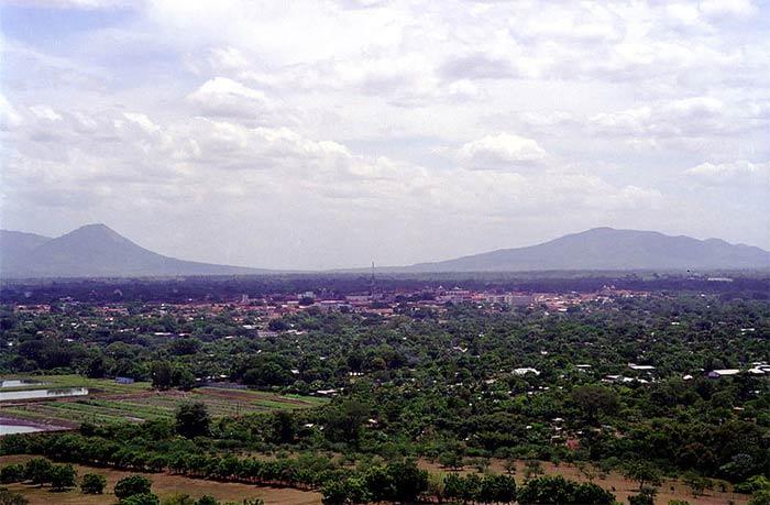 Леон, город в Никарагуа