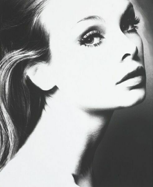 Женский образ на фото Лиллиан Бассман