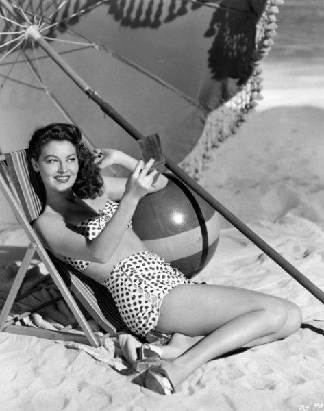 foto Ava Gardner na praia