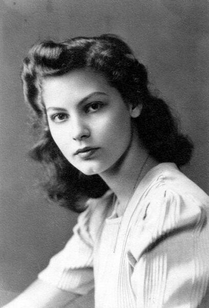 Ava Gardner em sua juventude na imagem