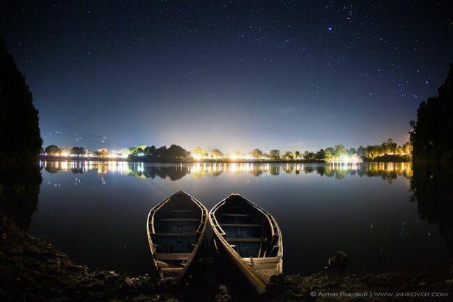 Непал фото Покхары ночью