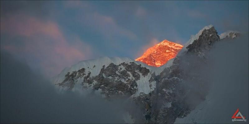 гора Эверест фото