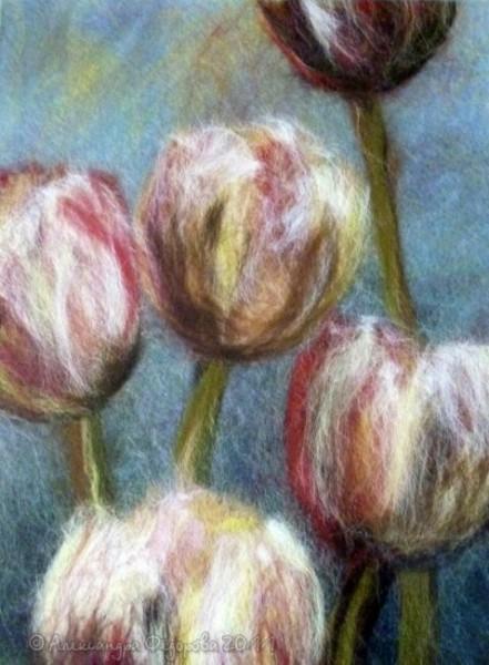 Картины из шерсти тюльпаны
