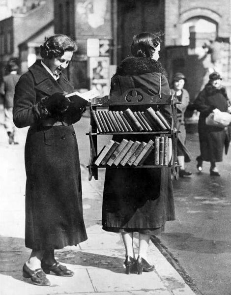 Чтение книг картинки