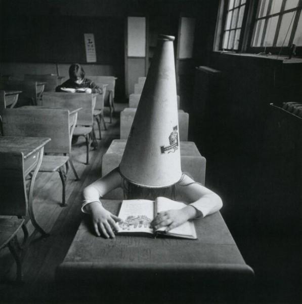 фото ребенок с книгой